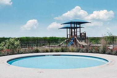 mdlscroll_0005_Mission del Lago Pool & Clubhouse (11)